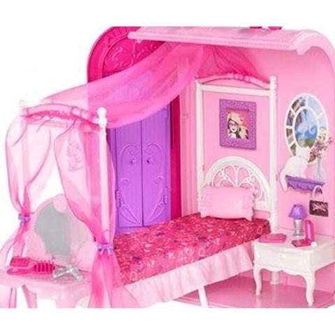 Phong ngu trong cap tap Barbie X7415