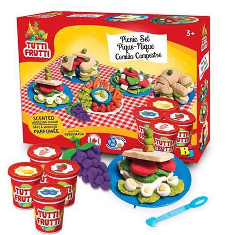 Bot nan bua tiec picnic Tutti Fruitti